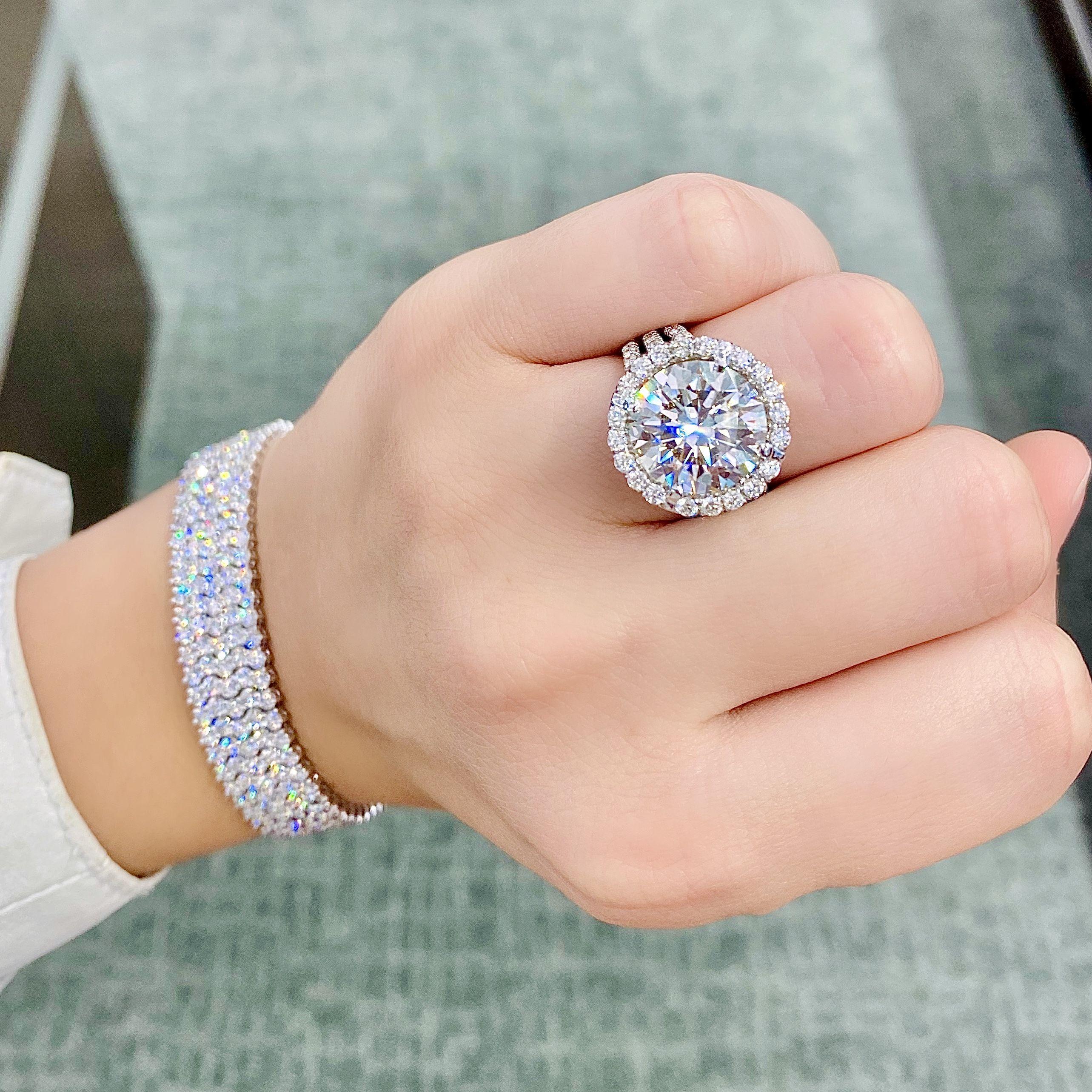 10 Carat Round Diamond Engagement Ring With Diamond Halo In 2020 Round Diamond Engagement Rings Diamond Diamond Engagement