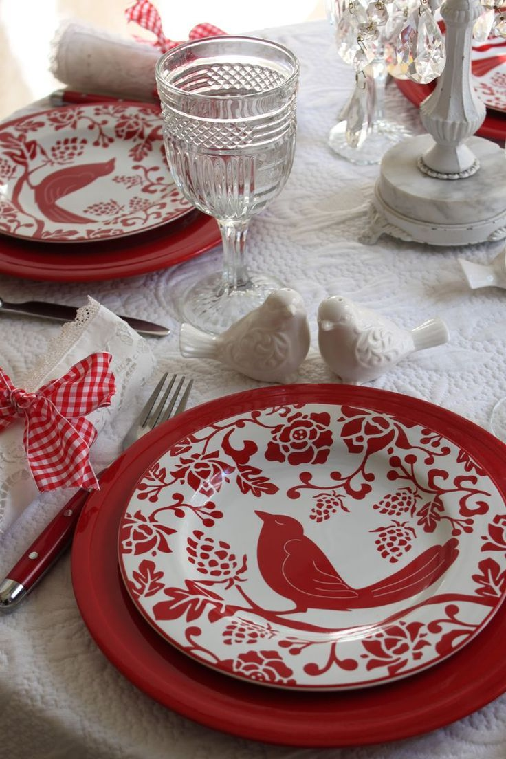 Last year\'s Valentine\'s Day table, with the sweet Pier One birdie ...