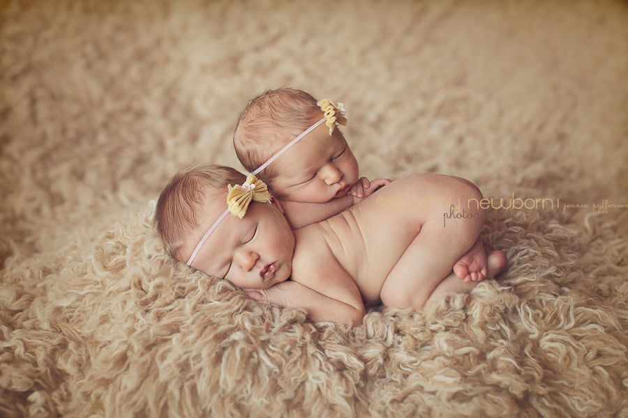 Twins newborn multiples photography posing baby 1 jpg