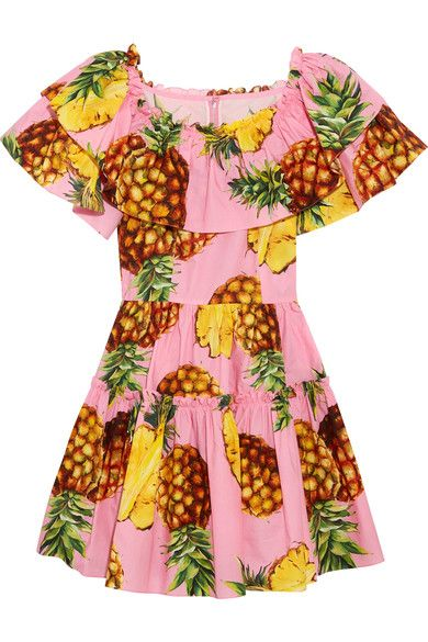cc12c170b873 Vibrant and exotic prints are what Dolce   Gabbana is renowned for – this  pineapple motif is seen throughout the tropical-inspired Spring  17  collection.