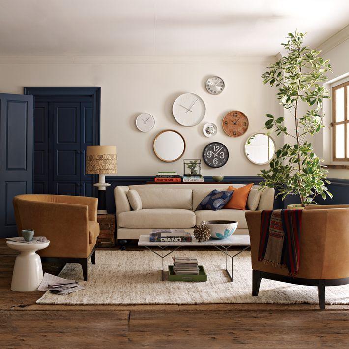 Salon W Cieplej Tonacji Salon Styl Klasyczny Aranzacja I Wystroj Wnetrz Living Room Interior Contemporary Dining Chairs Long Living Room