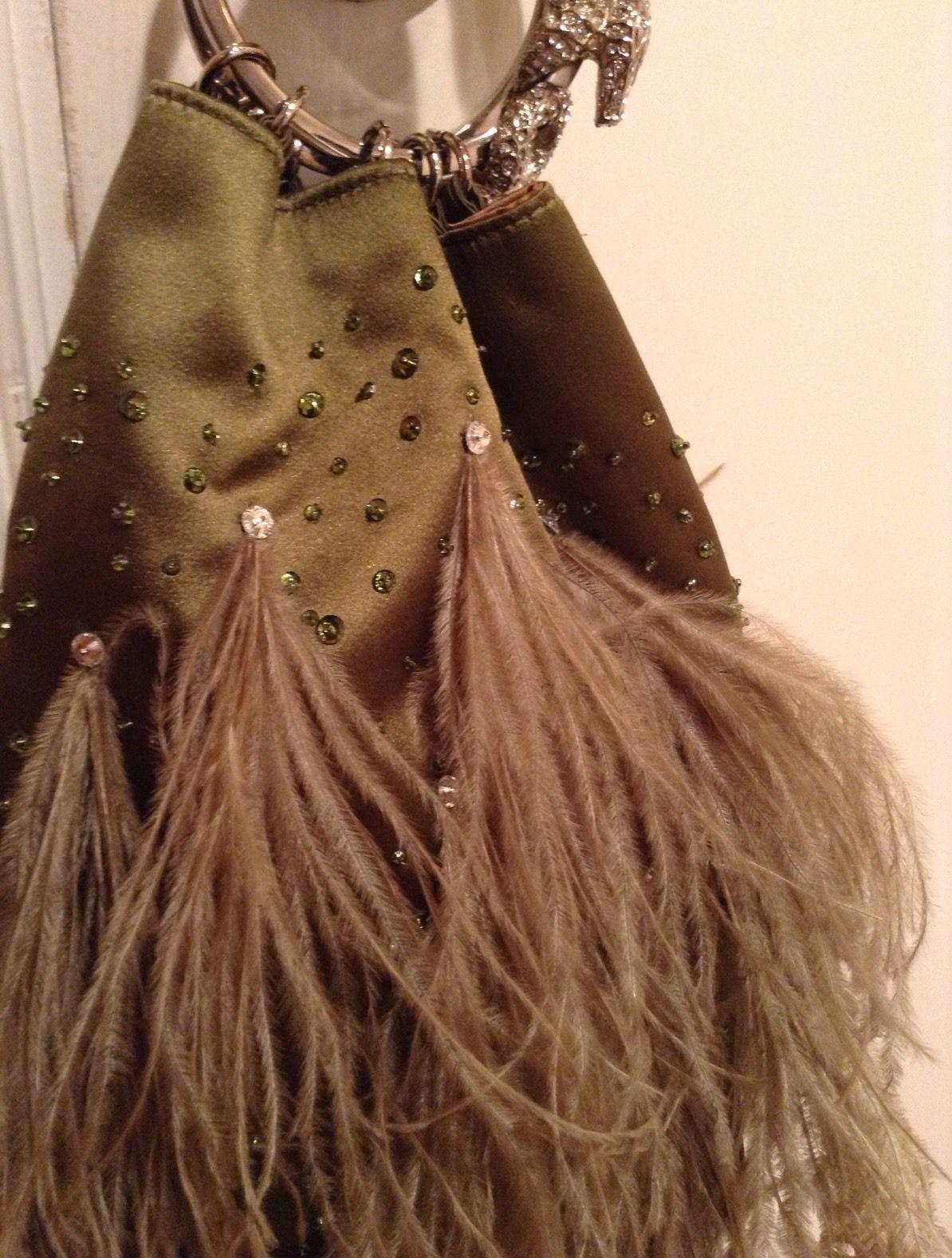 Valentino Garavani Ostrich Feather Evening Bag Y1tASdE