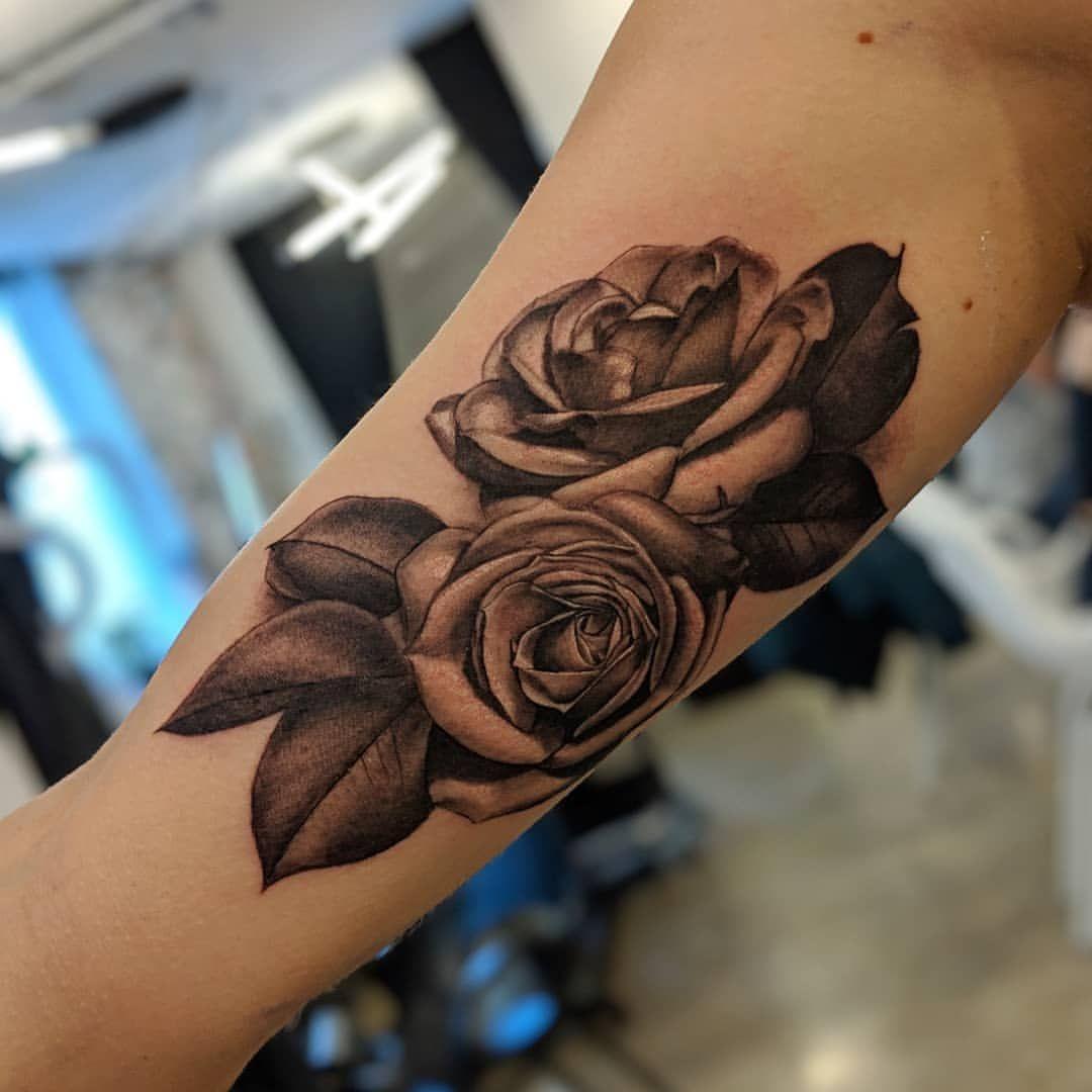 Chronic ink tattoo realism tattoos karyann roses floral