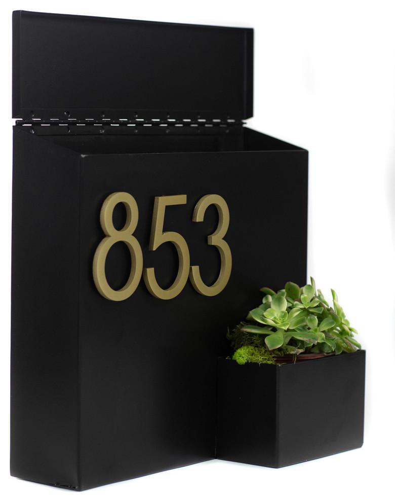 Greetings Wall Mounted Mailbox W House Numbers Contemporary Mailboxes By Modern Aspect Em 2020 Caixa De Correio Moderna