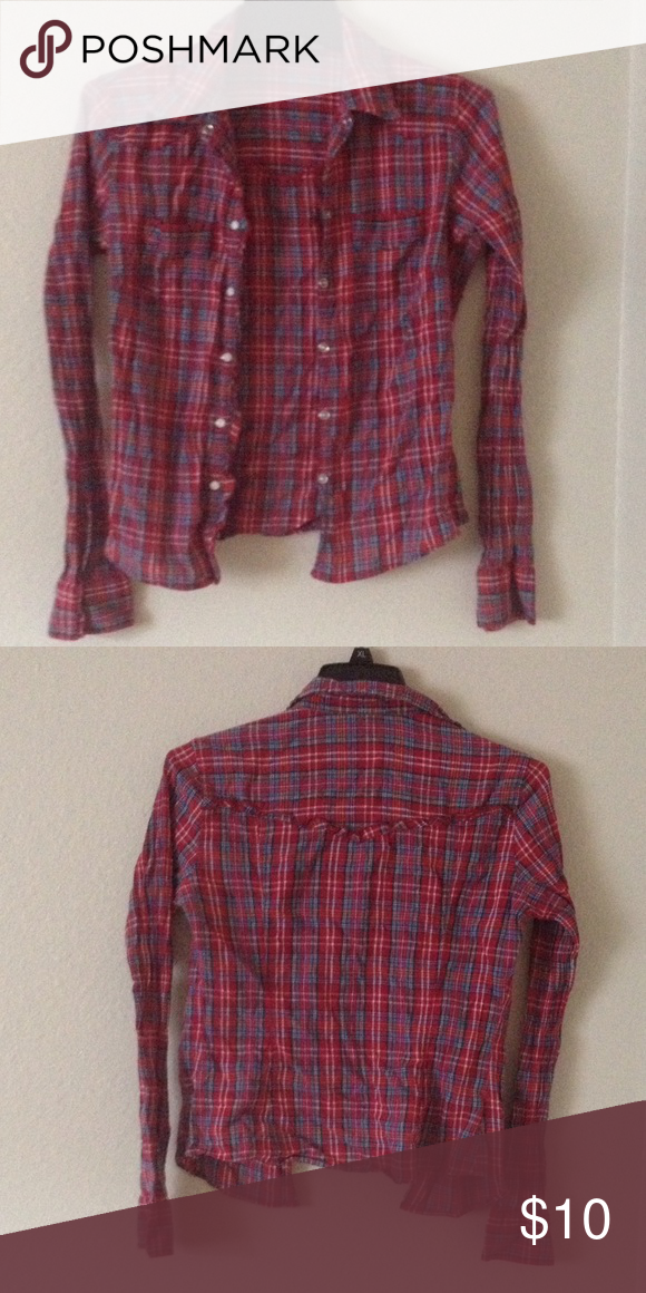 Abercrombie & Fitch flannel Gently used. Perfect condition. Women's size medium. $10 OBO. No trades. ✅ Bundle & save! Abercrombie & Fitch Tops Button Down Shirts