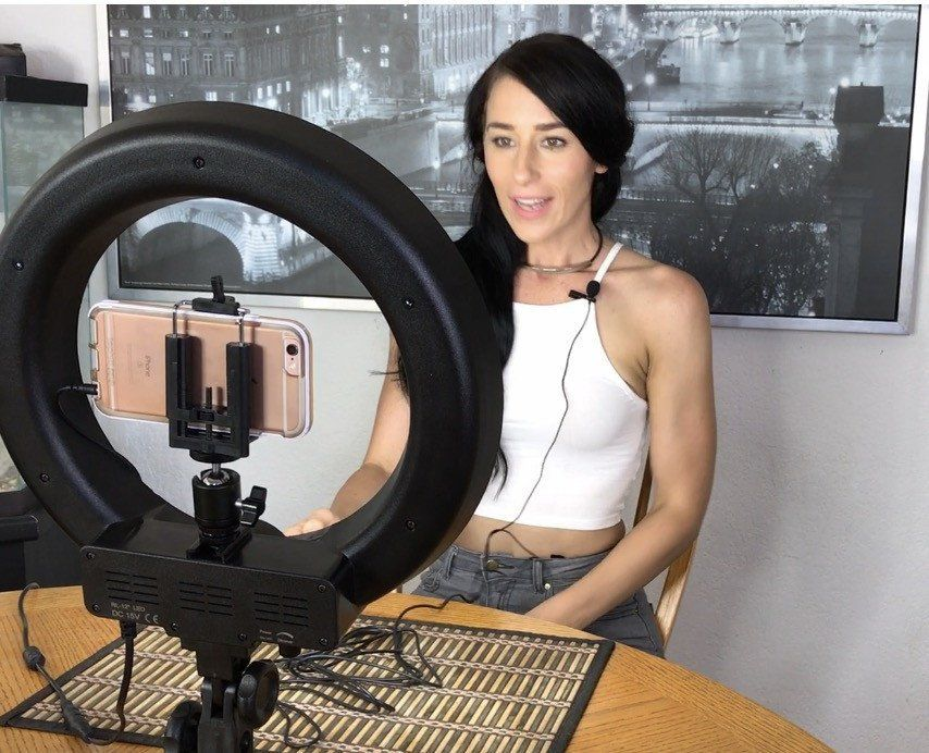Socialite 12 Inch Led Ring Light Kit Incl Ring Light 6 Foot Stand Dslr Iphone Mount Remote Led Light Kits Led Ring Light Led Lights