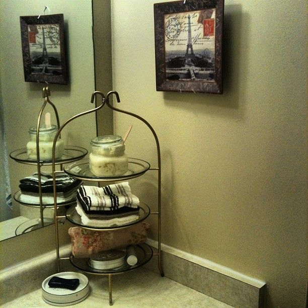 Thrifty Thursday - Quick and Affordable Bathroom Decor & Declutter idea.