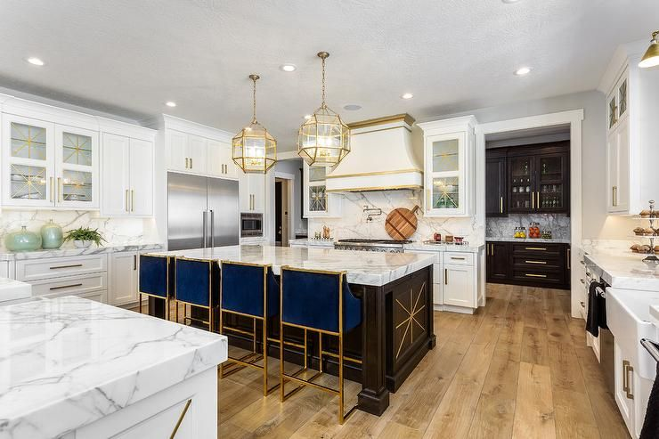 50 Favorites for Friday: Gorgeous New Kitchen Designs ...