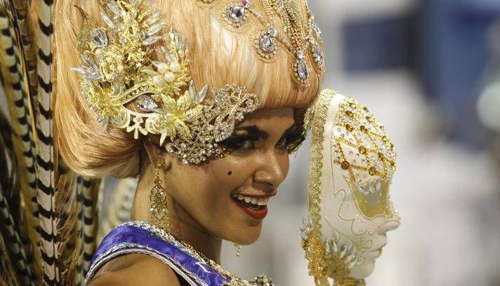 Princesa do Carnaval na estreia da escola no Grupo de Acesso Foto: Gabriel de Paiva / Agência O Globo