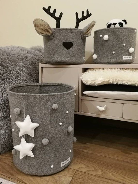 Big Felt Basket With Stars and pompoms, Grey Basket, Toys Storage, Playroom Decor, Scandinavian Decor Kids Room, Nursery Decor, Accessories