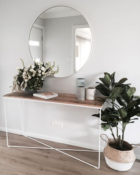 Minimal Entry Way Design   Console Table With Circle Mirror And Plants