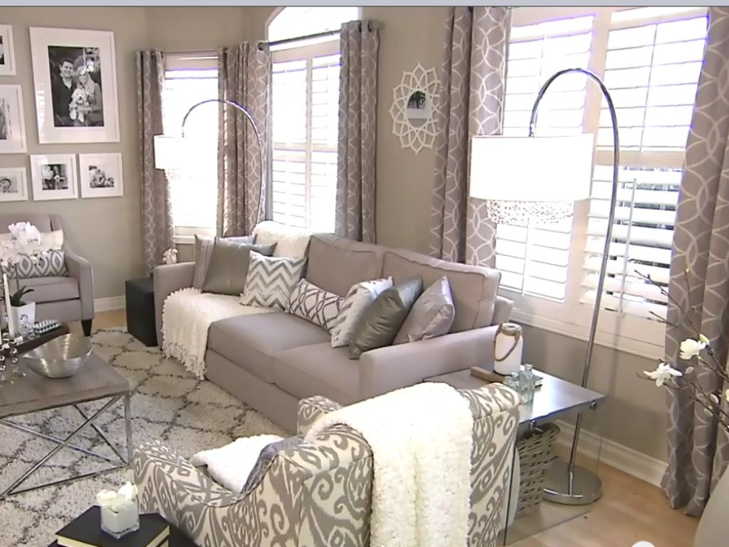 fabulous modern orange living room | Fabulous living room by designer Andrew Pike as shown on ...