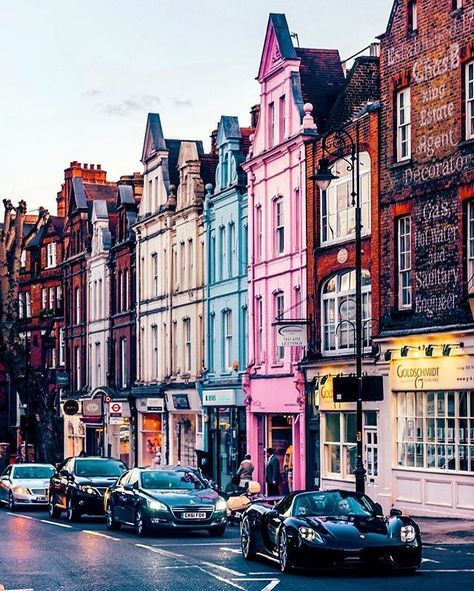 Places To Travel In Uk: Hampstead High Street, London, England