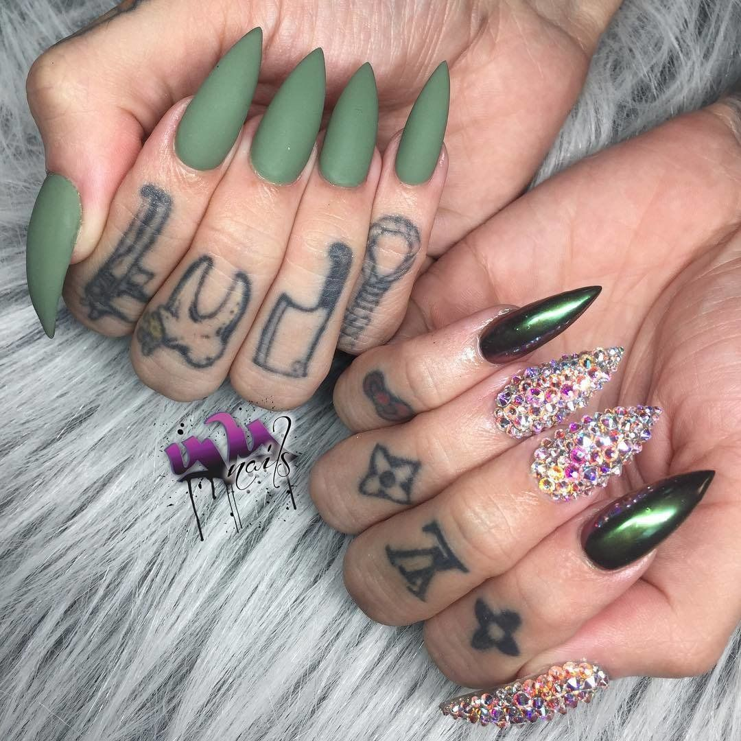 Nails 300 Every 2 Weeks 7 800 Per Year Fake Nails Luxury Nails Diamond Nails