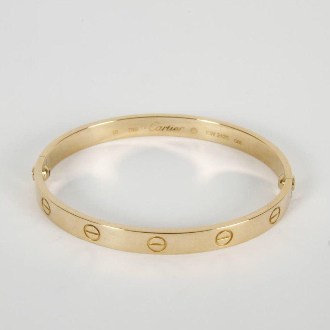 83add67f9cde Brazalete CARTIER Love de oro de 18 quilates. Diámetro: 58,50 mm ...