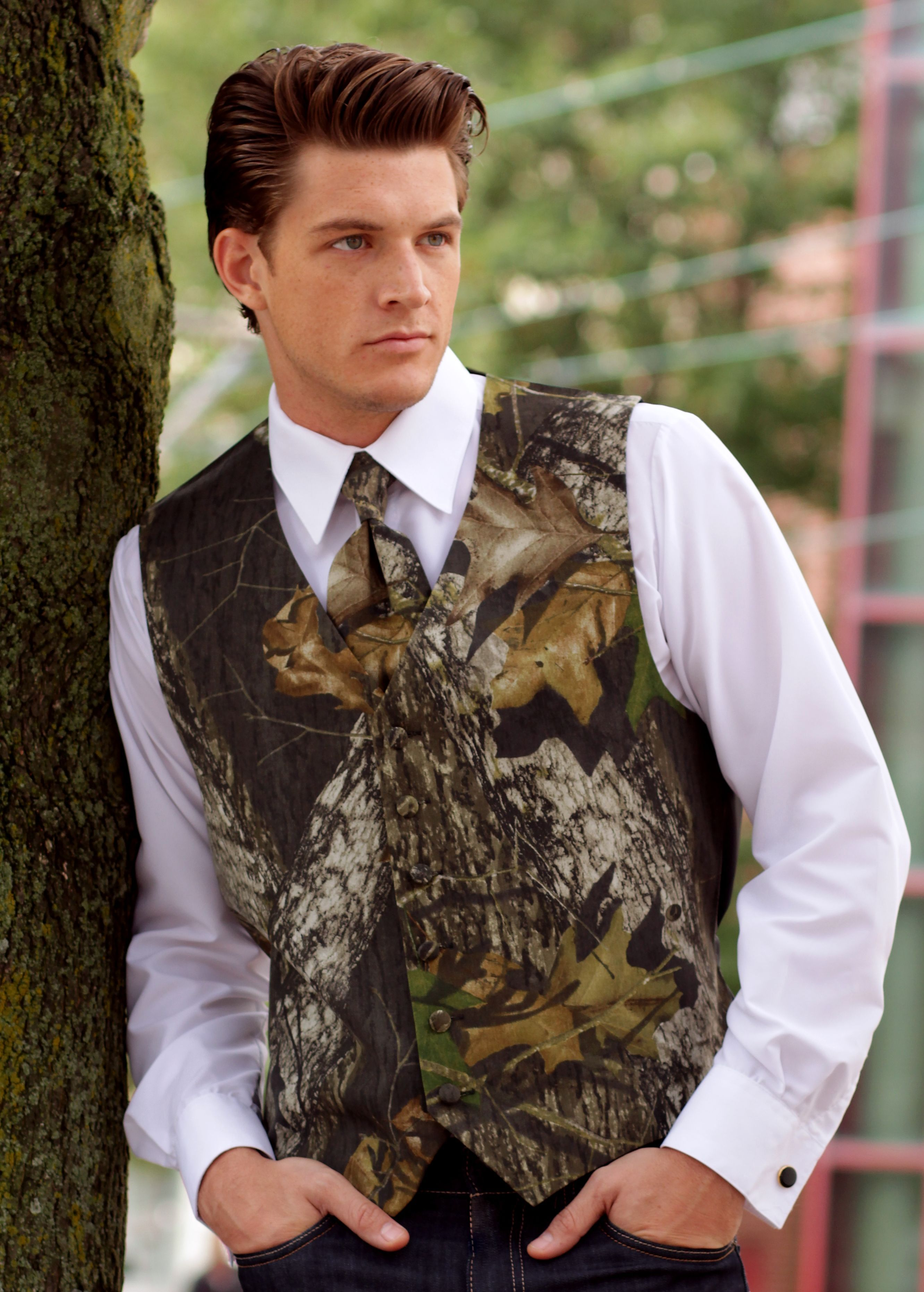 Details About Mossy Oak Break Up Tuxedo Vest Camo Skinny Tie