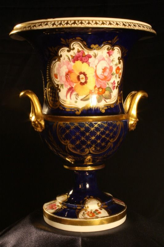 Porcelain Vase By Coalport C1820 For Sale Early 19th Century