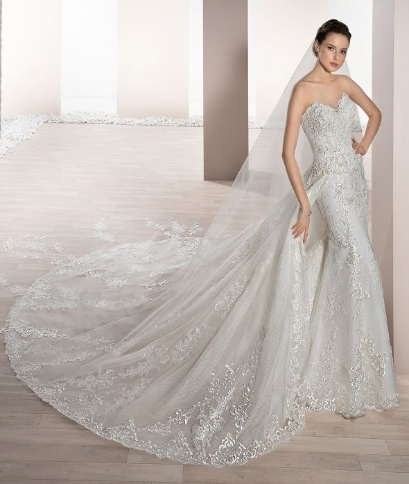 Traditional Wedding Gowns With Detachable Trains: Collection - Bridal Dresses Bold And Timeless.