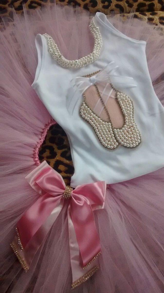 83e642d0da Conjunto Tutu Bailarina bordado em pérolas! Saia tutu com laço com Strass  Collant (pode ser feito no rosa ou branco) - Consultar tamanho disponível!