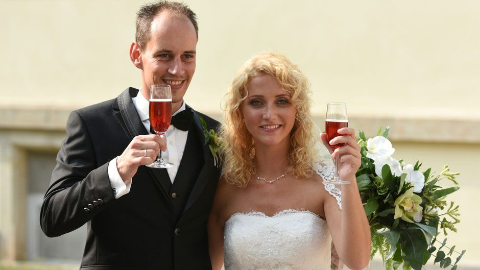 Hochzeit Auf Den Ersten Blick Liebes Aus Bei Selina Und Steve Hochzeit Auf Den Ersten Blick Hochzeit Kleid Hochzeit