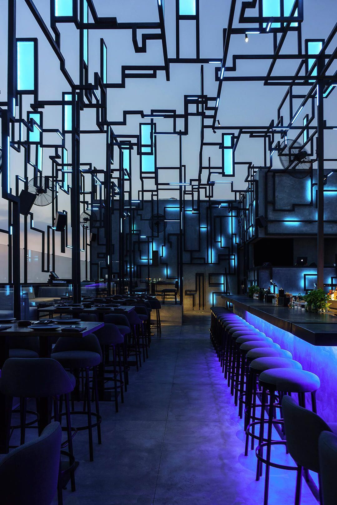 Green Roofs and Great Savings   Rooftop bar design ...