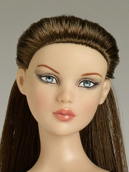 Perfect Morning Cami Basic-Brunette ON SALE NOW! | Tonner Doll Company