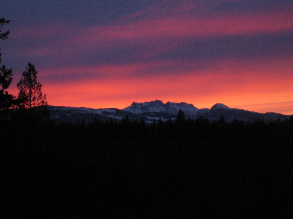 June 2009 Arrowsmith | Arrowsmith and Cokely Mountains on Vancouver Island, British Columbia, Canada