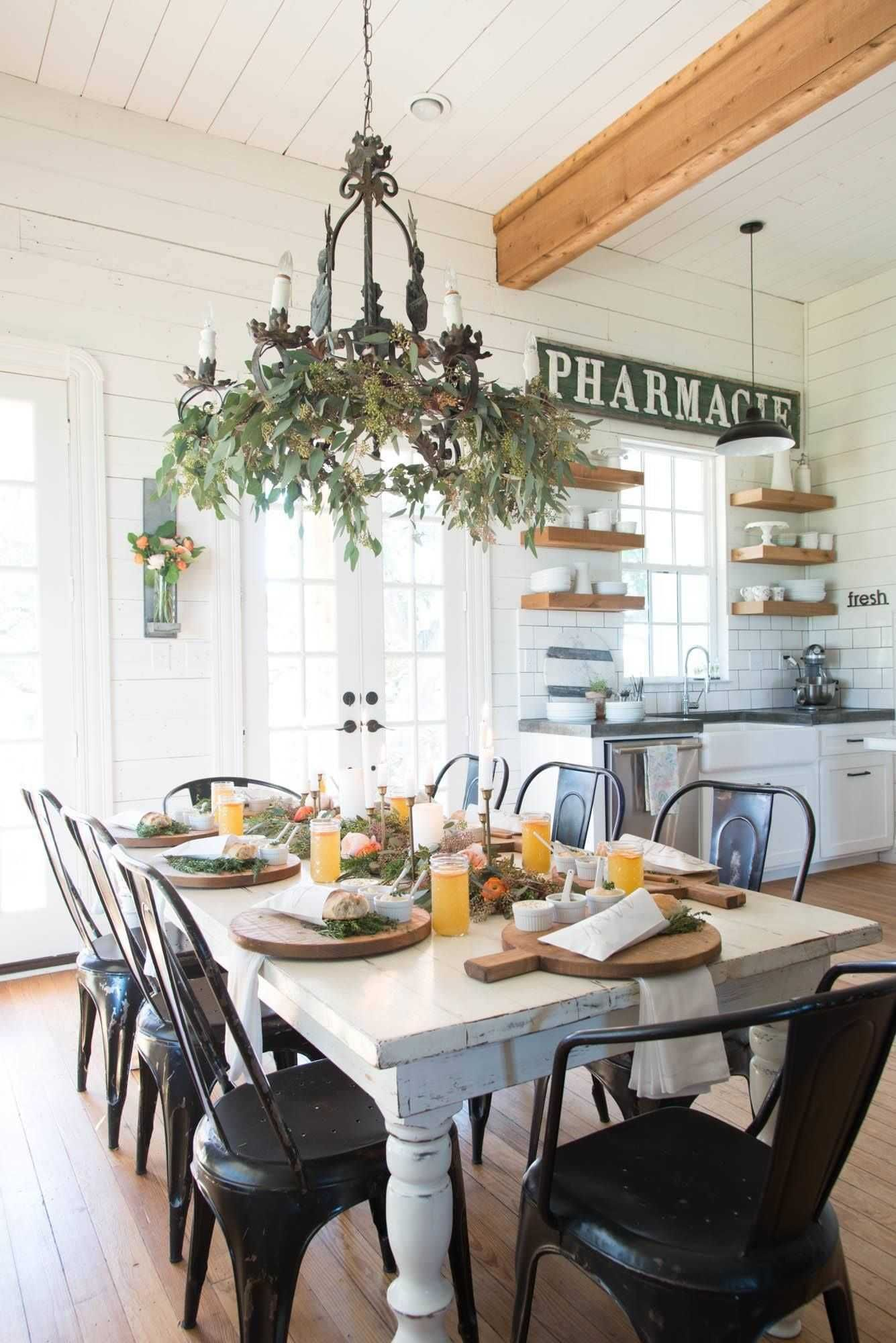 Joanna Gaines Farmhouse Chic Luxury Joanna Gaines Farmhouse Chic Joanna Gaines Furniture Co Modern Farmhouse Dining Farmhouse Dining Table Farmhouse Dining