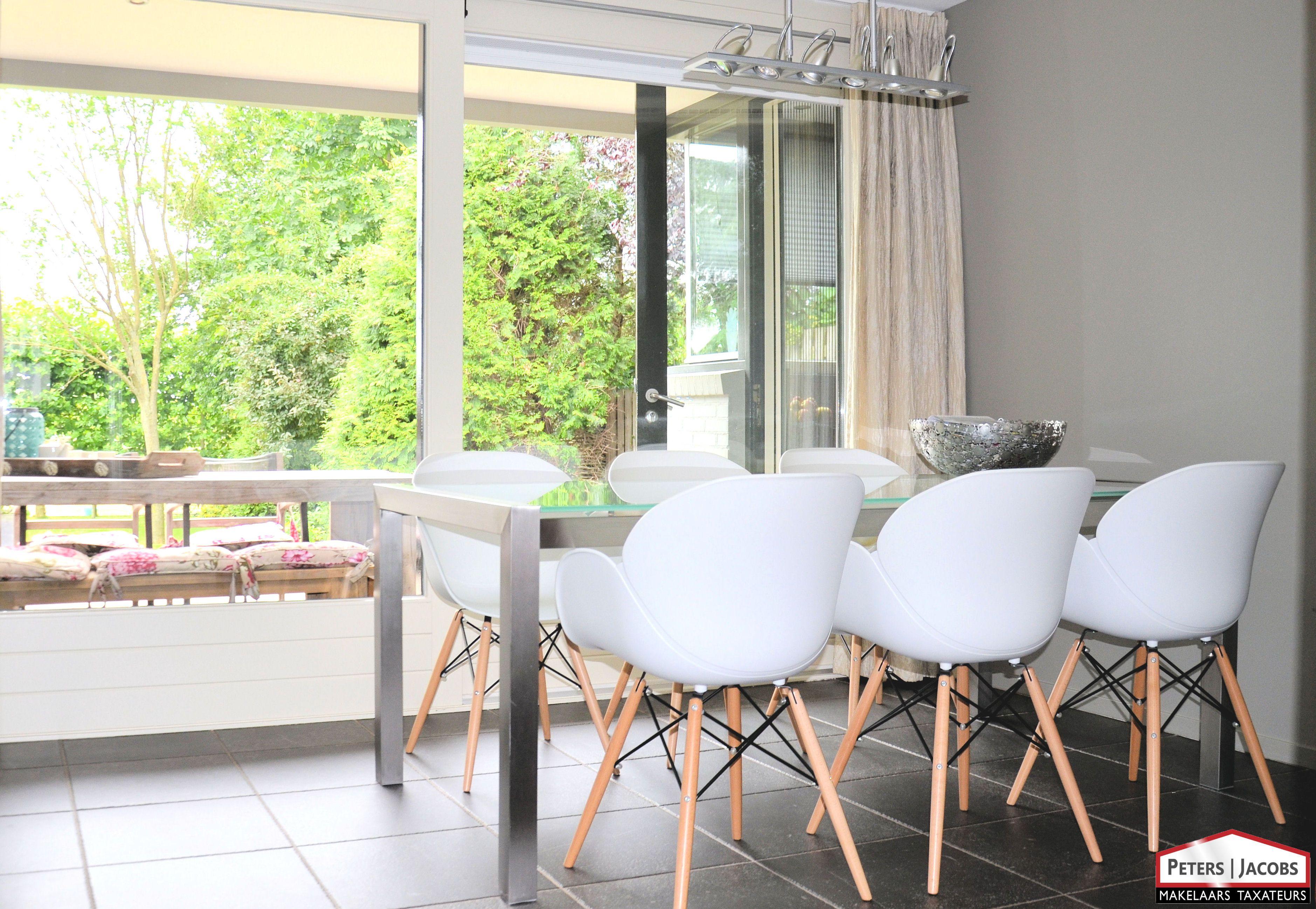 Modern interieur uitzicht tuin optimaal tuincontact
