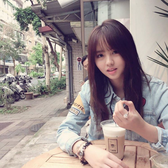, Kim So-hyun shares a glimpse of her travel in Taiwan, Hot Models Blog 2020, Hot Models Blog 2020