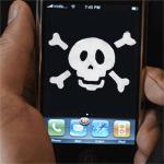 Le système d'exploitation mobile pour iPhone et iPad, iOS, est généralement moins concerné que son principal concurrent, Android, en ce qui concerne la sécurité. Pourtant, deux failles viennent d'être récemment pointées du doigt. Lesquelles ?