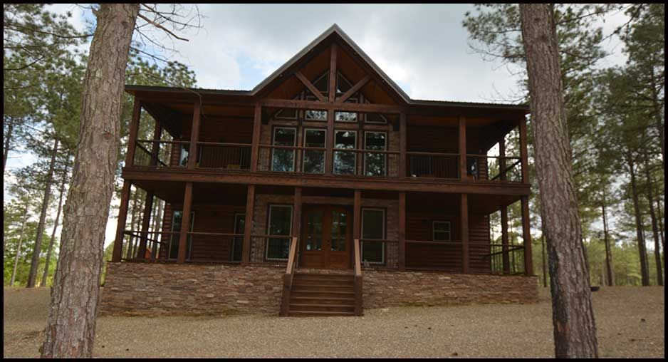Inspired By The Great Native American Indian Leader Geronimo Geronimo Is Said To Have Had Magical Powers He Could See Int Cabin Cabin Hot Tub Cabin Rentals