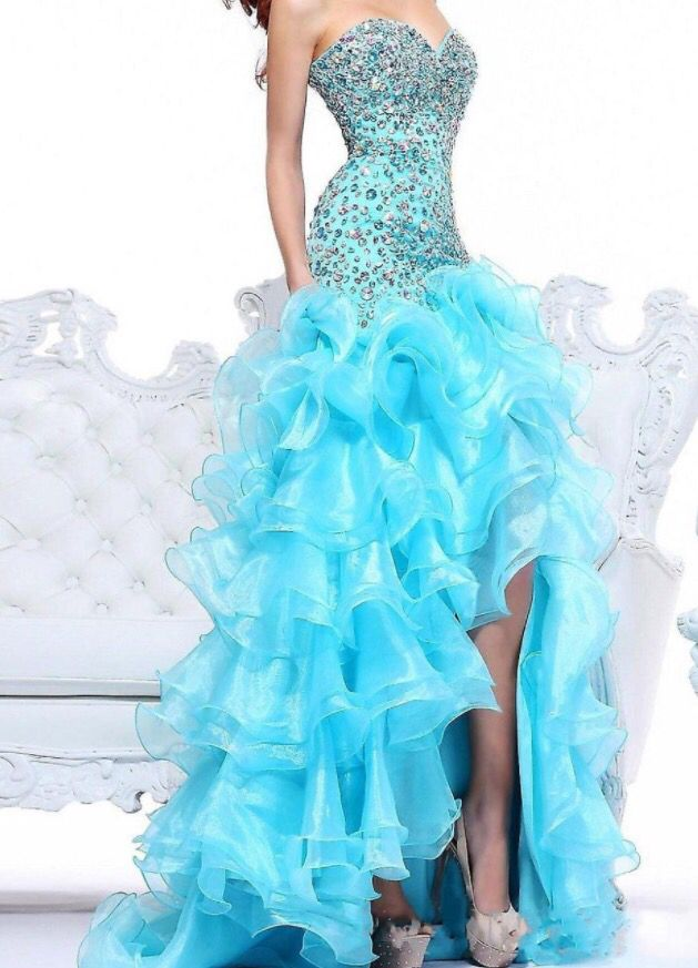 Aqua long dress, Jeweled boddess, sweetheart neckline and curled tool skirt with side leg cut out