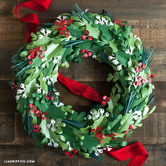 Diy Christmas Decorations Paper: Make A Paper Christmas Wreath