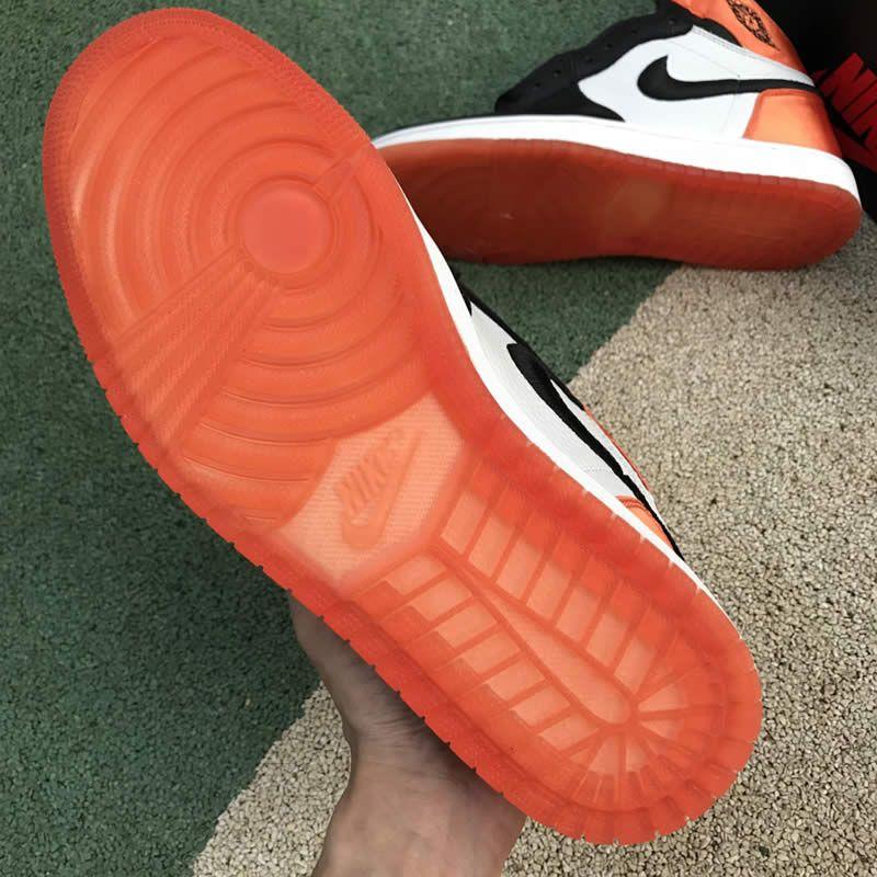 bb975dd97f9a80 Air Jordan 1 Retro Satin Orange