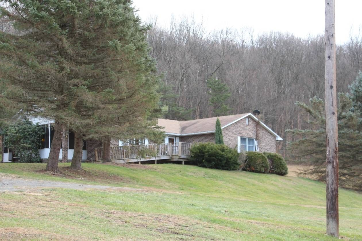 Equestrian estate for sale in bedford county