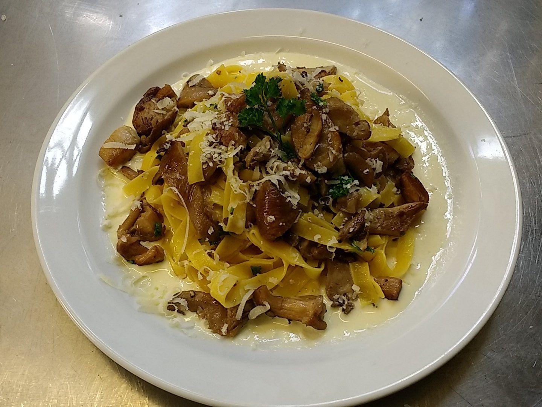chef_marcello Today ItaloDeli tagliatelle oyster