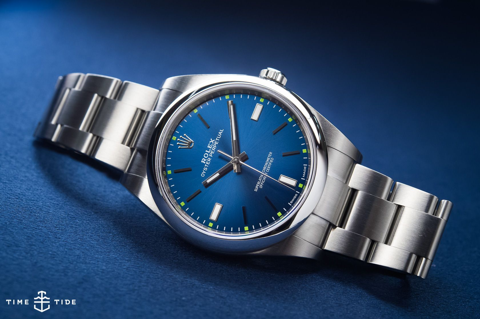 d8e77dbf1a52 IN-DEPTH  The Rolex Oyster Perpetual 39 (ref. 114300) - Time and Tide  Watches