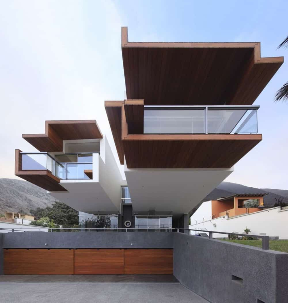 Creatively Cool Dual Cantilevered House In Peru: 18 Unbelievable Modern Architecture Designs