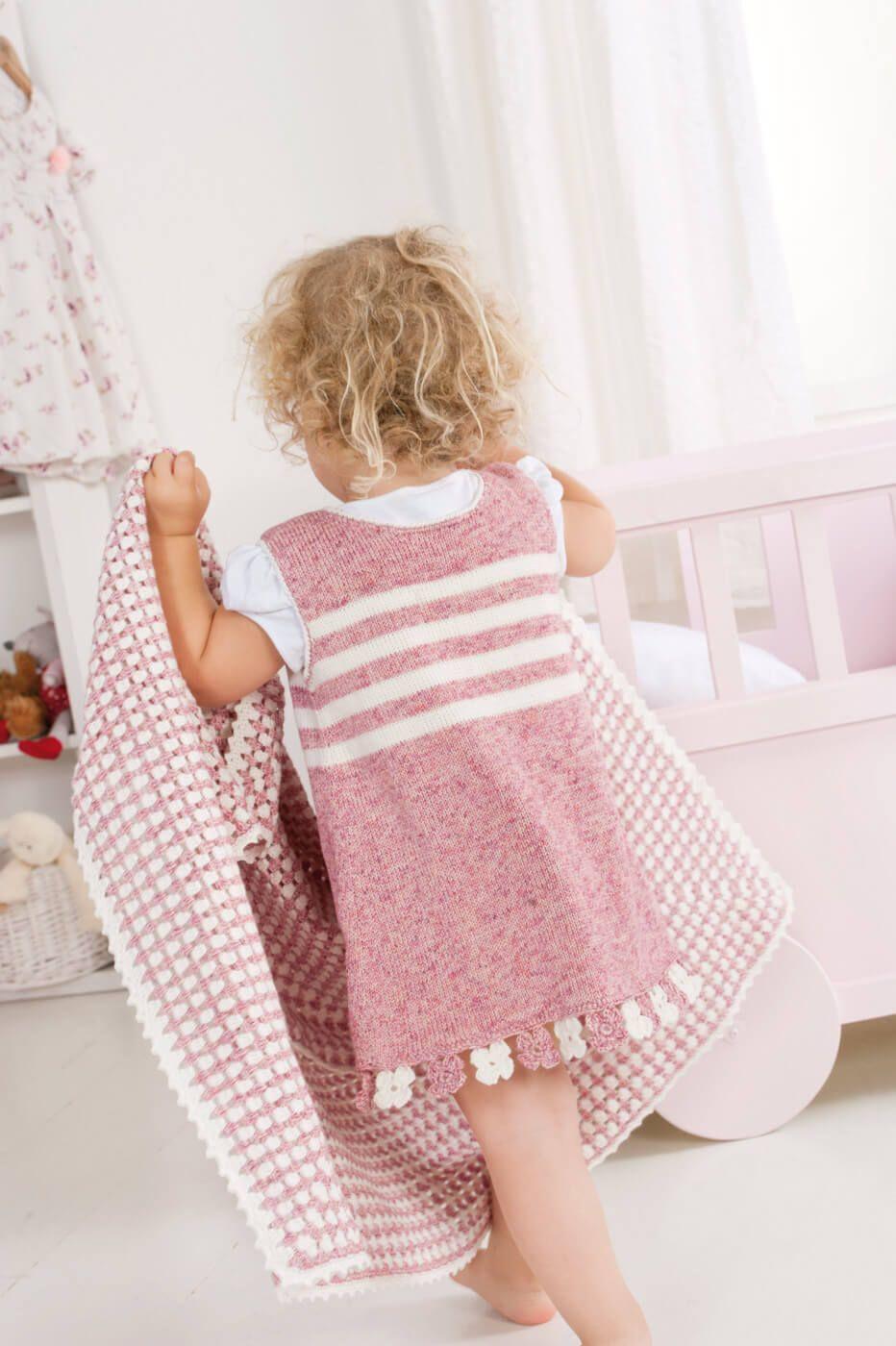 Mädchen Kleid Mit Blümchen Bund Stricken Für Babys Knitting