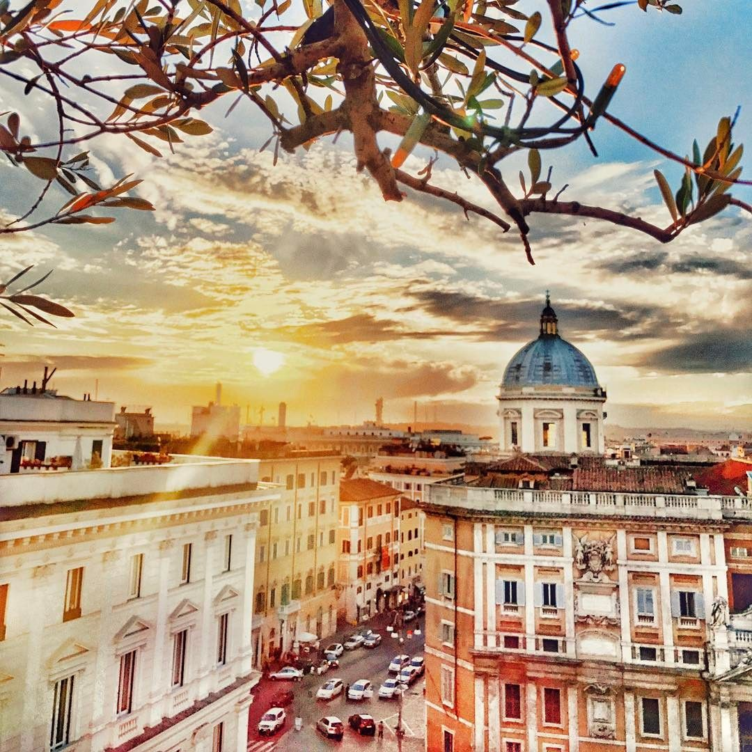 The 5 Most Romantic Rooftop Bars In Rome Rooftop Bar Cool Roof Rooftop
