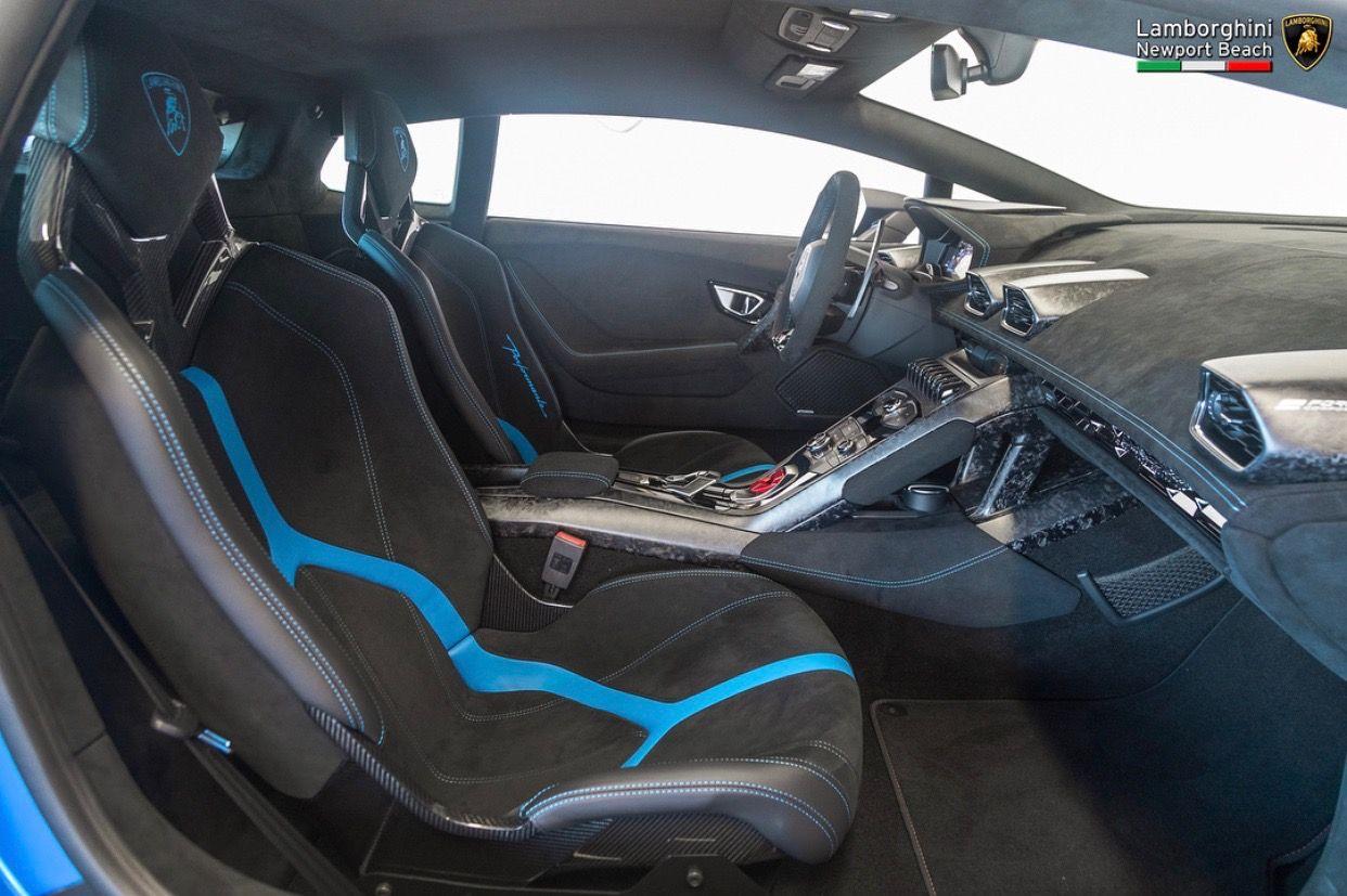 Interior Of The Lamborghini Huracan Performante Painted In Blu