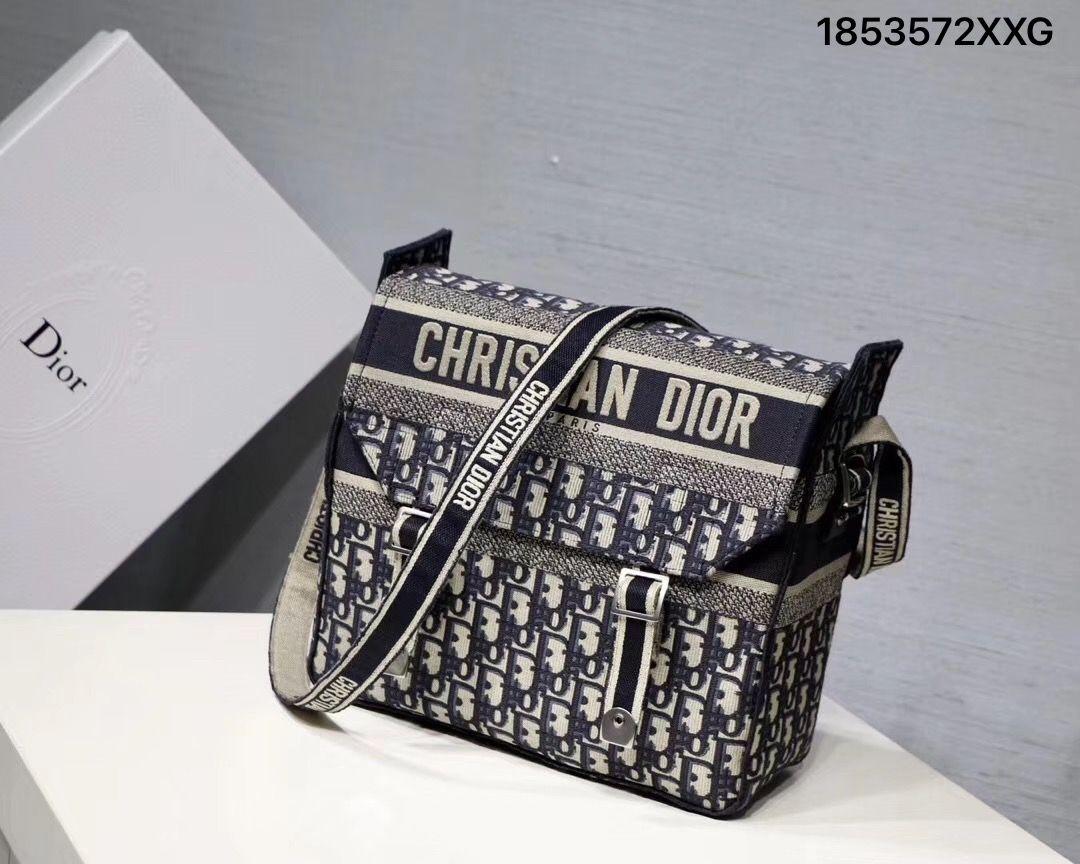 Christian Dior cd camp canvas shoulder messenger bag  5573427900ac7