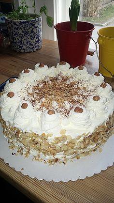 Nuss Sahne Torte In 2019 Baking Nuss Sahne Torte Nuss Kuchen