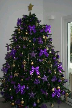 christmas purple and gold christmas tree use silver bows instead