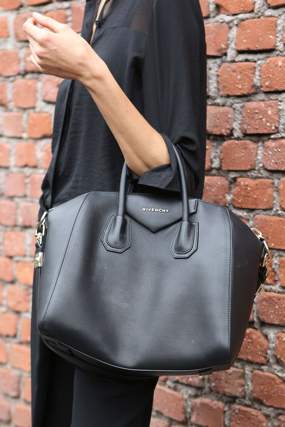342b66a50ac5 Givenchy Antigona - is this the handbag our generation