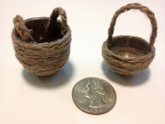 Tutorial: Miniature Dollhouse Baskets