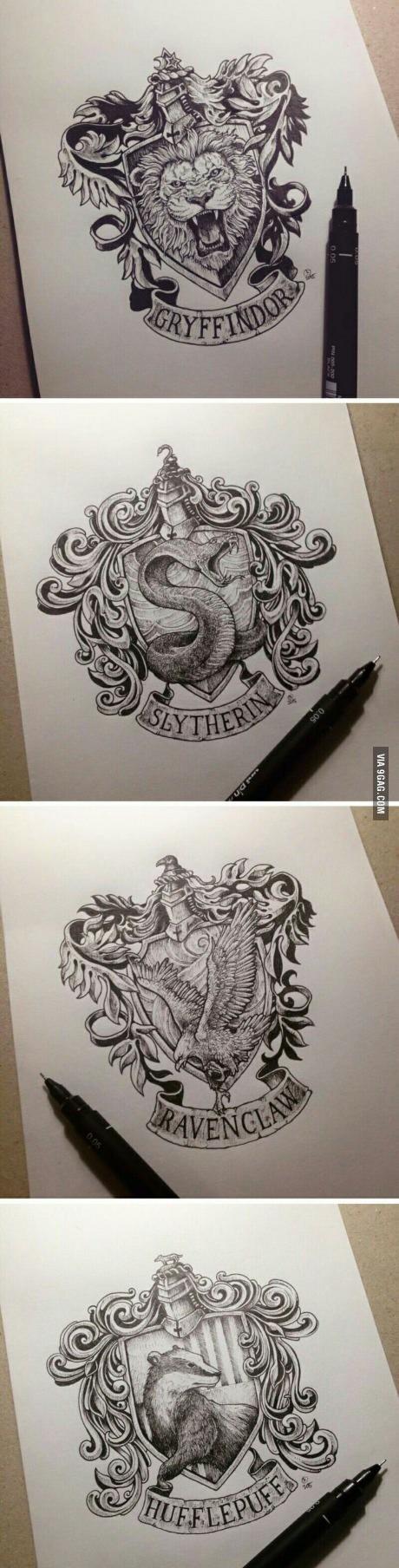 Disegni pennarello delle casate di Hogwarts Grifondoro, Serpeverde,  Corvonero e Tassorosso. Hogwarts HP HarryPotter Fandom Magic Disegni