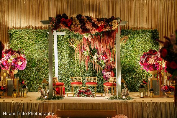 db7399c3b776a Pin by Maharani Weddings on Wedding Floral & Decor in 2019   Indian ...