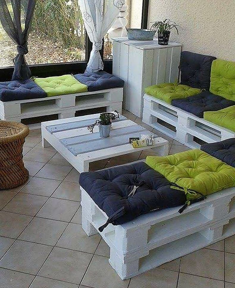 Smart And Creative Ideas With Used Pallets: Pallet Wood Is A Cheap  Alternative Of Wood And Can Be Recycled In Many Ways To Fulfill Your  Requirement.